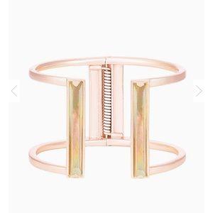KENDRA SCOTT Gavin Cuff Bracelet In Brown Pearl